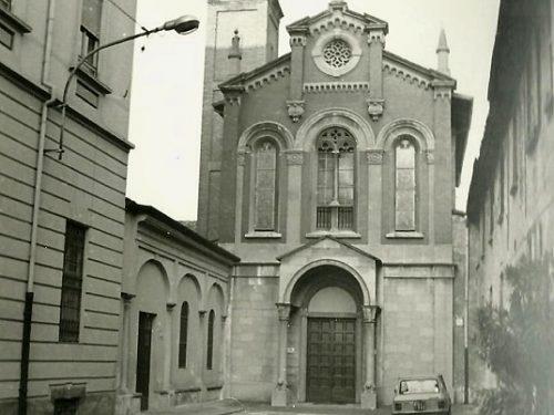 Treviglio : Chiesa San Carlo fine anni 70