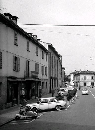 Treviglio : Caffè Commercio ( sede C.S.T. )