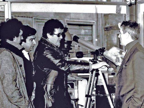 Ermanno Olmi nel negozio di Pino Cesni e l'ex socio Mario Leoni
